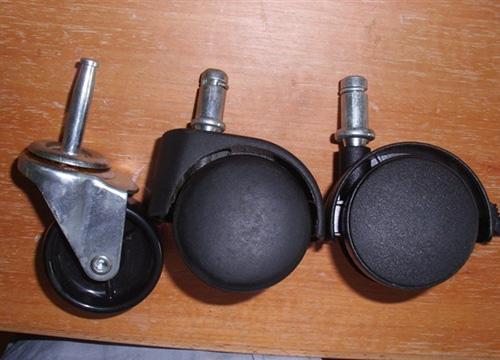 工业脚轮132